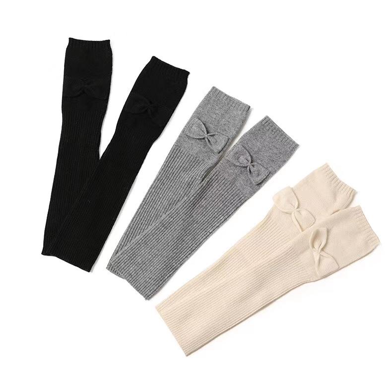 merino wool gloves supplier